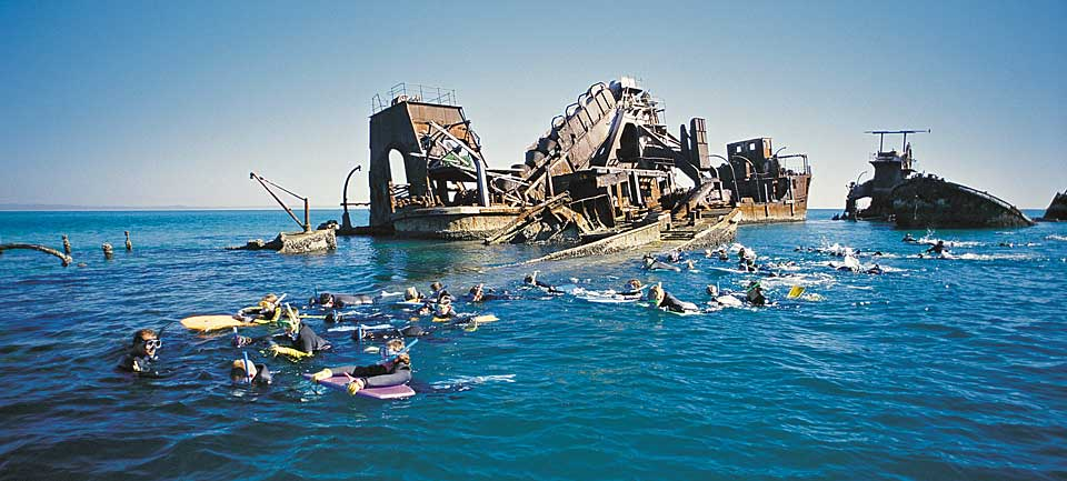 scuba diving wrecks